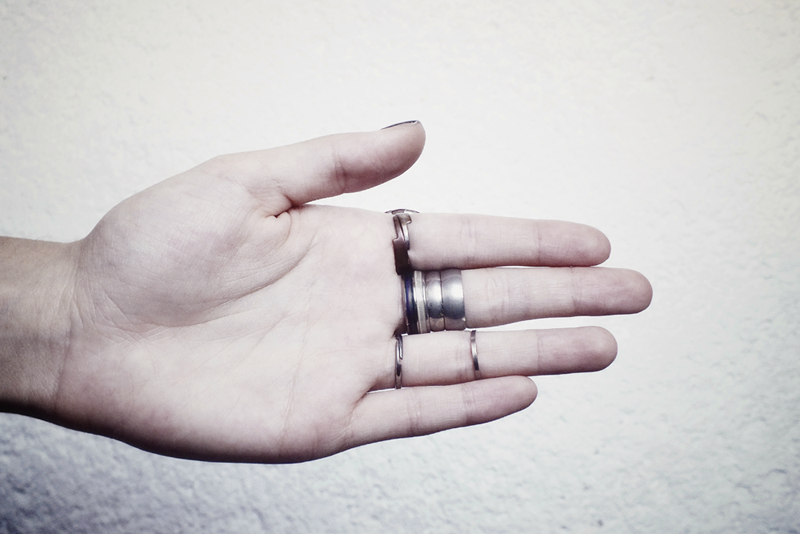 milica obradovic, moiminnie, stacking rings, finger party