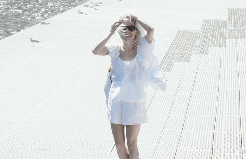 all white outfit ideas, moiminnie, milica obradovic, minimal style fashion, minimal fashion blogs