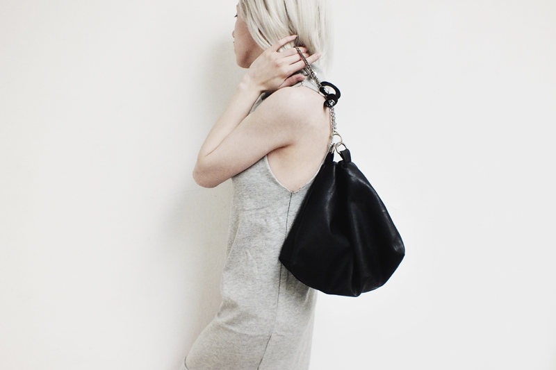 triangle bag, moiminnie, milica obradovic, minimal fashion, minimal style, melissa araujo dress