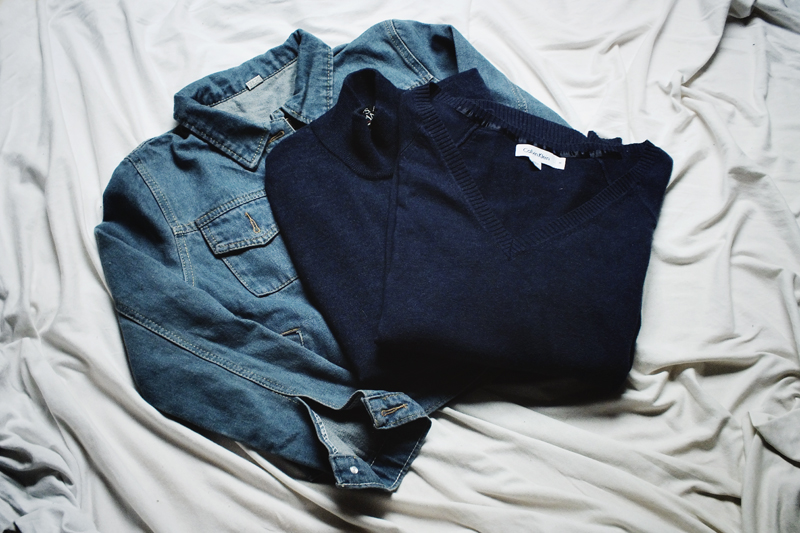 light in the box, moiminnie, minimal fashion, calvin klein, navy sweater, crop denim jacket