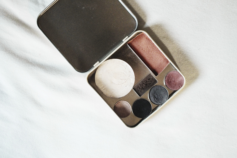 diy makeup palette, diy eyeshadow, moiminnie, milica obradovic, minimal blog