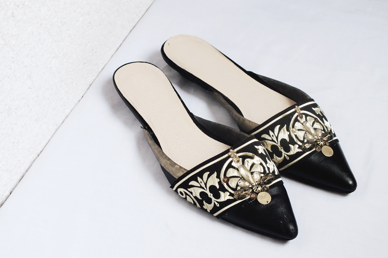 diy embellished slippers, embellished flats, moiminnie, minimal style blog, diy shoes design, diy shoes makeover, oscar de la renta spanish mule embellished slippers