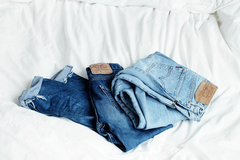 vintage levis, how to find vintage levis, wearing vintge levis, moiminnie, milica obradovic, minimal style, minimal fashion blog